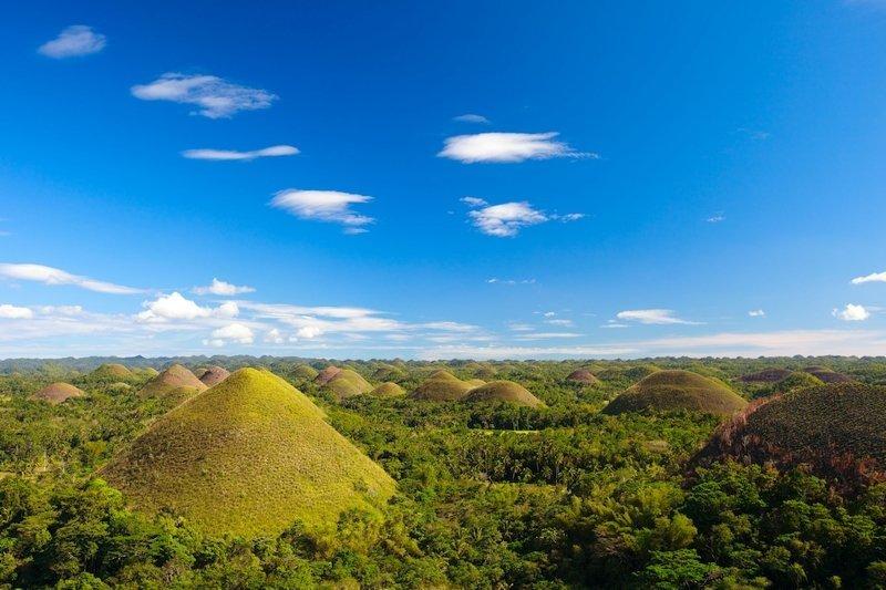 Vista panoramica delle collino di cioccolata a Bohol nelle Filippine