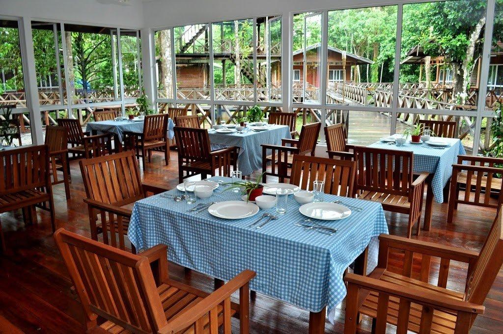 Ristorante al Borneo Nature Lodge, fiume Kinabatangan