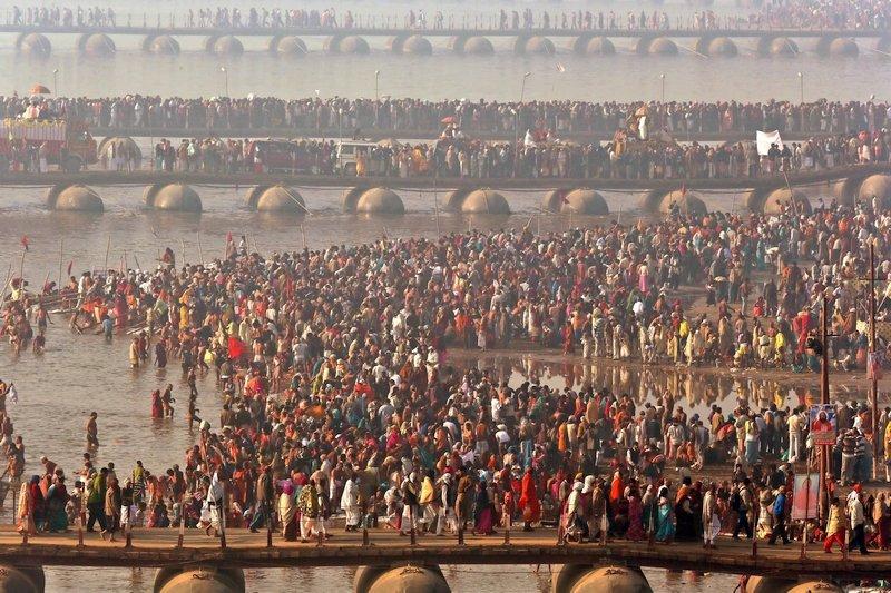 Pellegrinaggio Kumbh Mela India