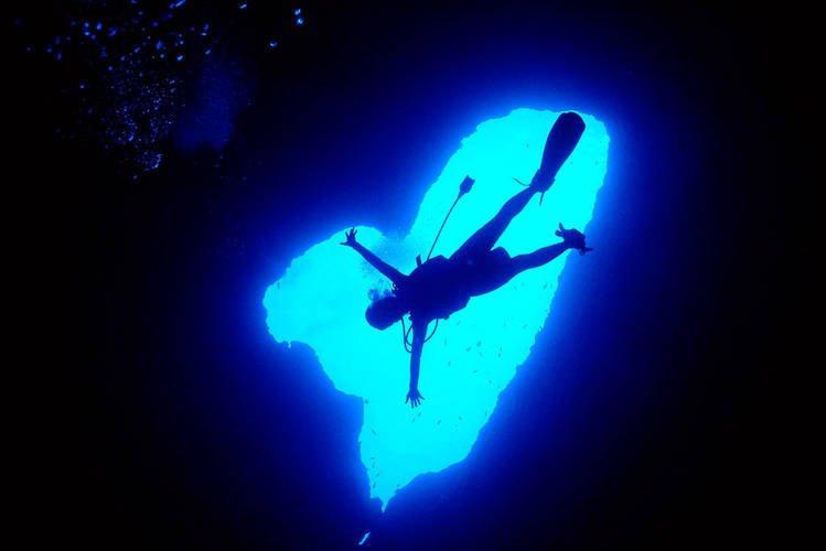 immersioni-blue-hole-isola-di-guam
