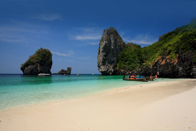 Spiaggia deserta a Phi Phi Island