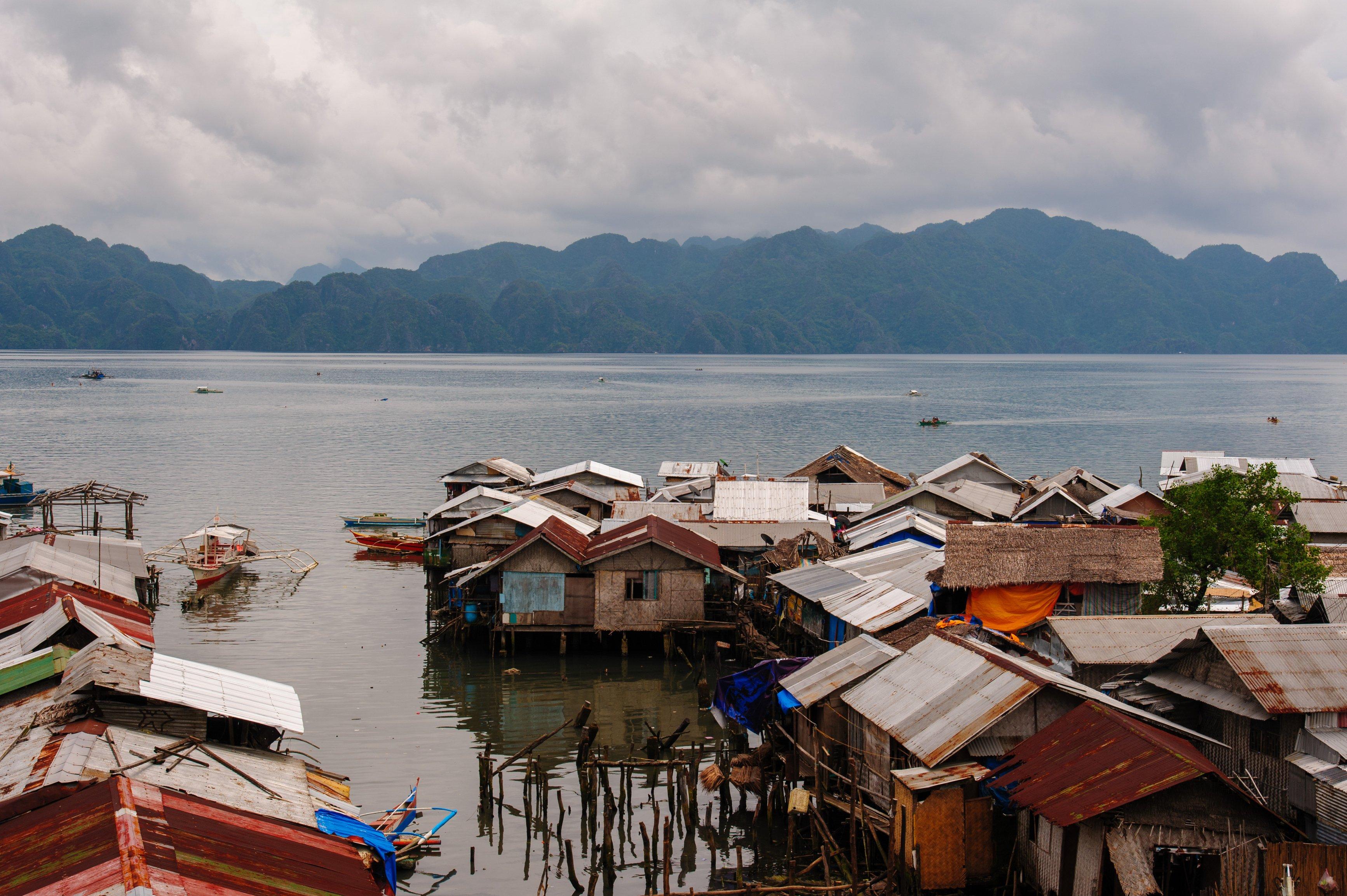 Villaggio di pescatori su palafitte a Coron