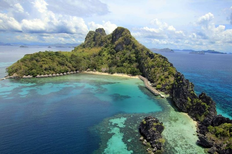 Vista aerea dell'isola di Apulit a Palawan
