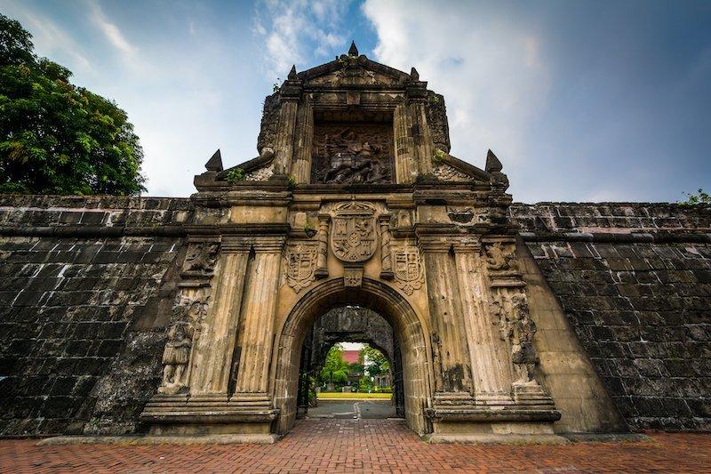 Entrata Forte Santiago nel quartiere Intramuros di Manila